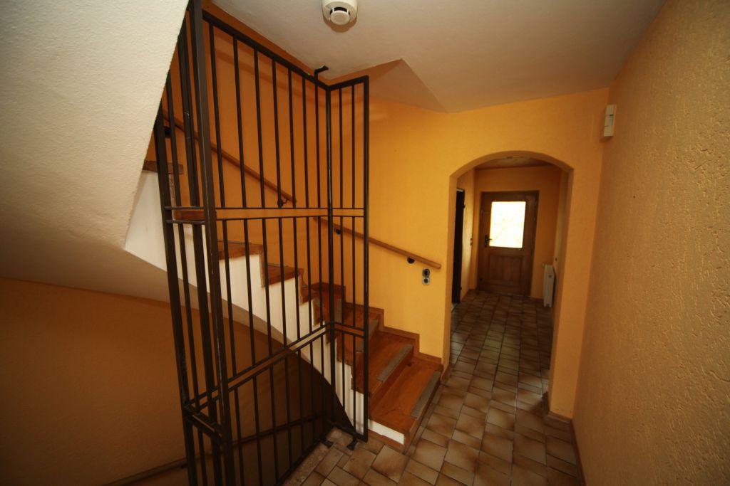 treppenhaus-sanierung-vorher